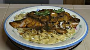 SmokingPit.com -Chicken-Fettuccine-marsala slow cooker on a Yoder YS640 Pellet cooker - The money shot!