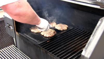 SmokingPit.com - Seared Tatonka Dust coated Buffalo Burgers  - Yoder YS640 cooked BBQ recipes & smoking meat tips and techniques. Searing the Buffalo.