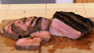 SmokingPit.com - Southwest Tri Tip Roast recipe wood fire cooked on my Scottsdale Santa Maria style cooker. The money shot!